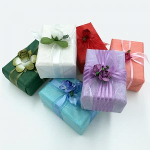 product-gift-wrapped-soap-01